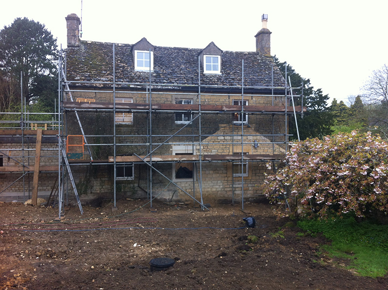 Cotswold Stone Cleaning – Cotswold Stone House Before Cleaning