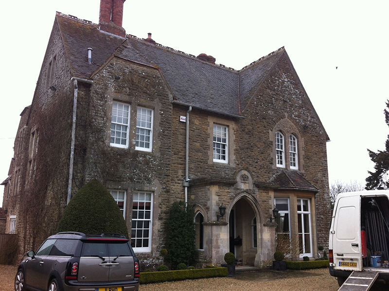 Cotswold Stone Cleaning – Manor House Near Malmesbury Wiltshire Before Cleaning